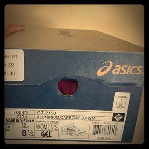 ASICS 8.5 Women originall $100